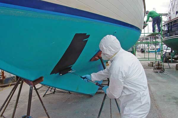 painting-boat-bottom